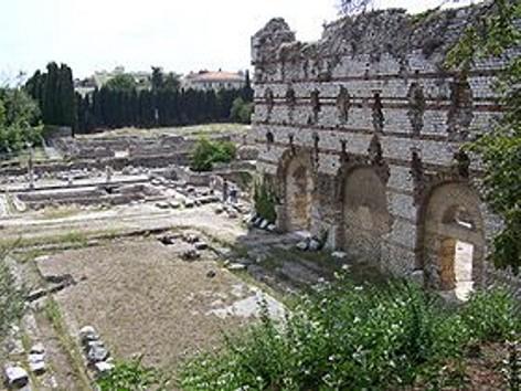 Cimiez (Nice) palestre et mur du frigidarium