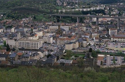 La petite ville de hayange lorraine initiative for Piscine d hayange